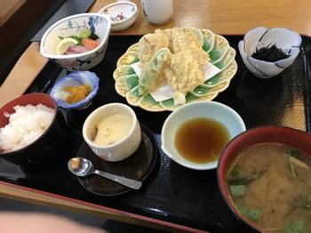 14太平洋昼食.jpg